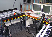 Studija FX - sound studio equipment